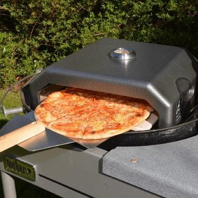 Pizzaovn med pizzaspade