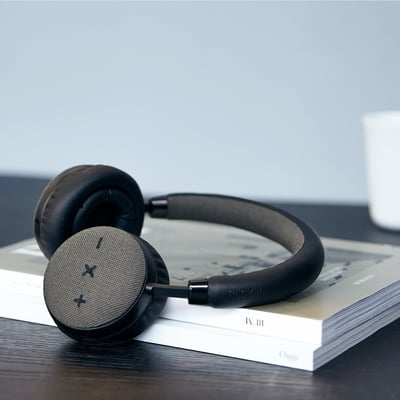 TOUCHit S Headphones, sort