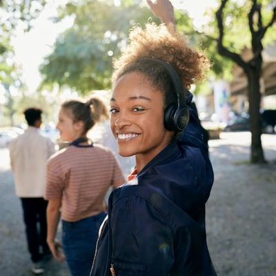 LIVE400 BT on-ear headphones
